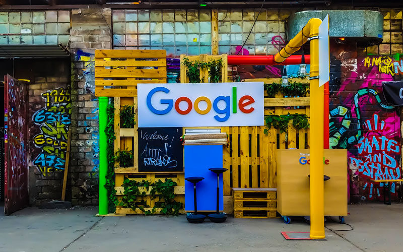 Google e SEO: come usarlo bene e a Gratis! Non si deve pagare!